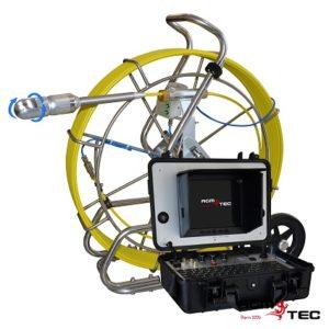 Inspection par camera dans les tuyaux de plomberie