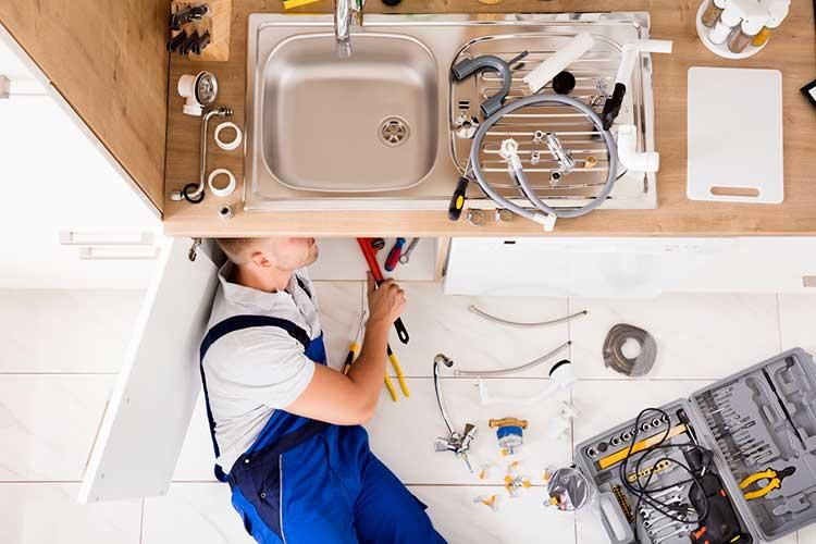 Comment devenir plombier?